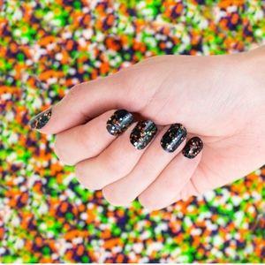 Color street nails creep it real black confetti